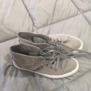 👟👟Roebuck&Company women's hightop sneakers